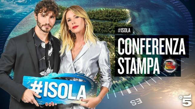 """Isola dei Famosi 2018, Alessia Marcuzzi rivela: """"Sarà l'isola del mistero"""""""