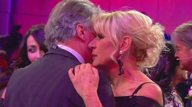 Uomini e Donne, anticipazioni over: un nuovo bacio tra Gemma e Giorgio