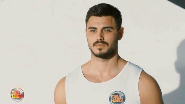 Isola dei Famosi 2018: Francesco Monte ha abbandonato il gioco