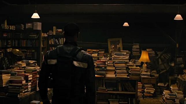 Fahrenheit 451: il trailer del film con Michael Shannon e Michael B. Jordan