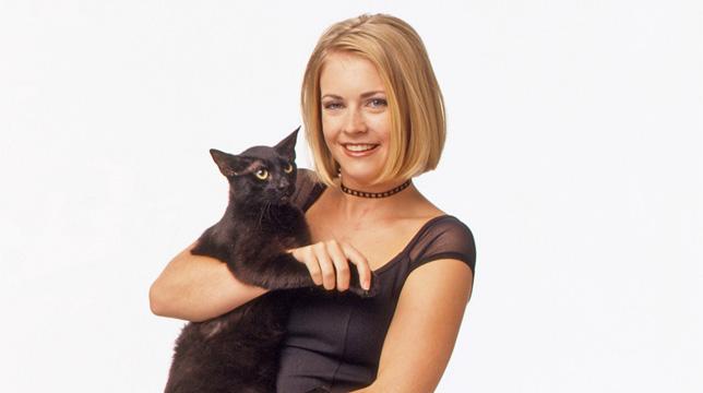 Il remake di Sabrina, vita da strega: La prima foto di Salem