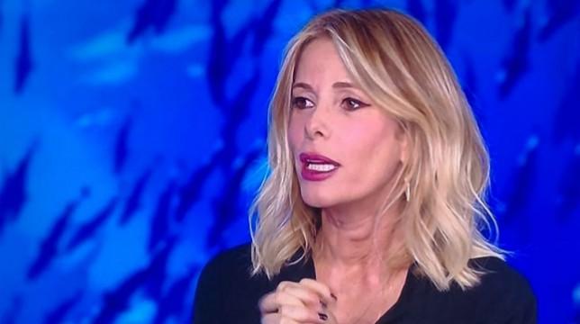 Isola dei Famosi 2018: Alessia Marcuzzi rivela accidentalmente 'L'Isola che non c'è'