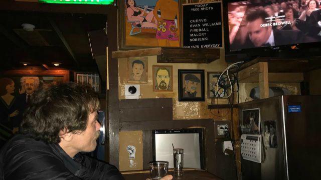 Micheal Shannon vede gli Oscar… al pub