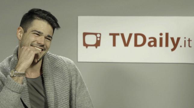 Uomini e Donne: I Ciak di Tv Daily, questa settimana abbiamo giocato con Nicolò Fabbri