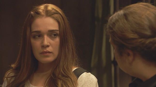 Anticipazioni Il Segreto 21 aprile 2018: Julieta sospetta di Saul