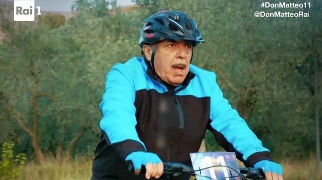 Don Matteo 11 episodio Premonizioni gara ciclistica Spoleto