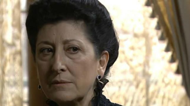 Anticipazioni Una Vita 30 maggio 2018: Ursula cerca il consenso di Cayetana per uccidere Fabiana