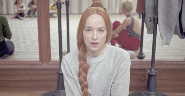 Dakota Johnson, dalle 50 sfumature al remake di Suspiria