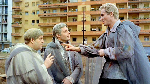 Fantasmi a Roma: il film stasera su Tv 2000