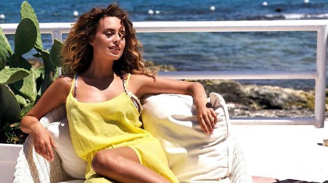 Uomini e Donne: Sara Affi Fella risponde su Instagram alle domande dei fan, ma poi arriva lo sfogo
