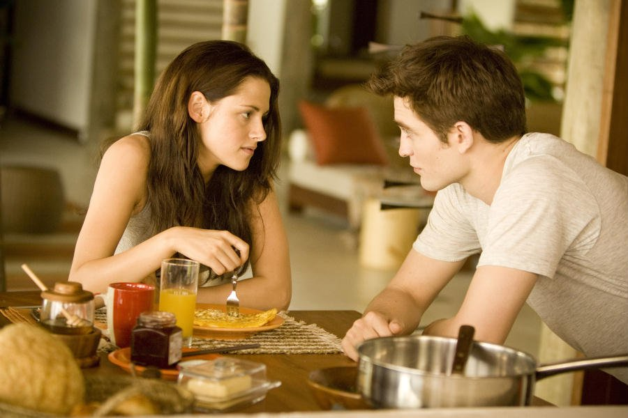 The Twilight Saga Breaking Dawn – Parte 1: il film stasera su Italia 1