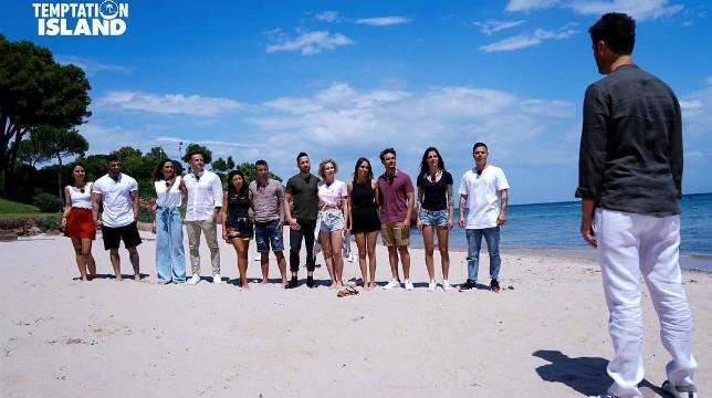 Temptation Island 2018: Ida piange per Riccardo, Valentina lascia Oronzo al falò
