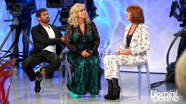 Uomini e Donne: la nuova puntata del trono over in onda oggi, mercoledì 3 ottobre