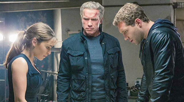 Terminator Genisys: il film con Schwarzy stasera su Italia 1