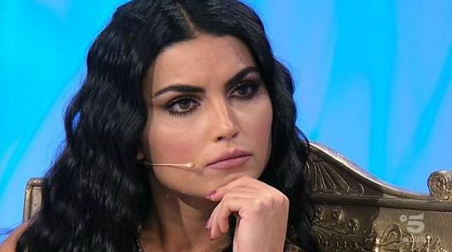 Uomini e Donne, oggi, giovedì 29 novembre, il trono classico: Teresa Langella in lacrime