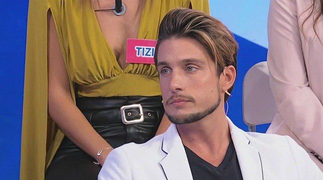 """Uomini e Donne, Andrea Dal Corso dopo il bacio con Teresa: """"Per me è stata la scelta. Antonio? è un bambino"""""""