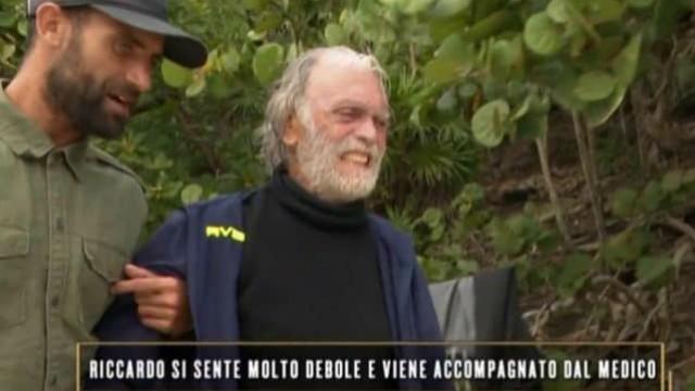 isoladeifamosi_malore_riccardo_fogli