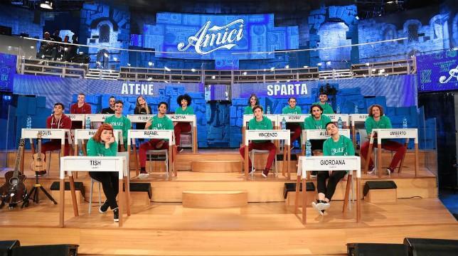 Amici 18 in onda oggi, sabato 23 marzo, lo speciale di sabato: ecco lo schieramento delle squadre del serale