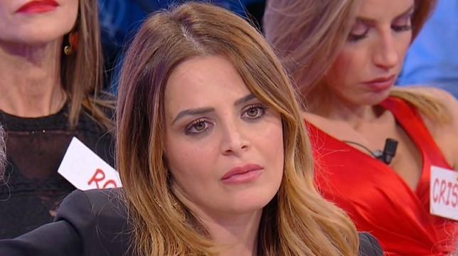 """Uomini e Donne, Roberta Di Padua: """"Riccardo è falso con Ida. Il ballo con lei? Voleva fare show"""""""
