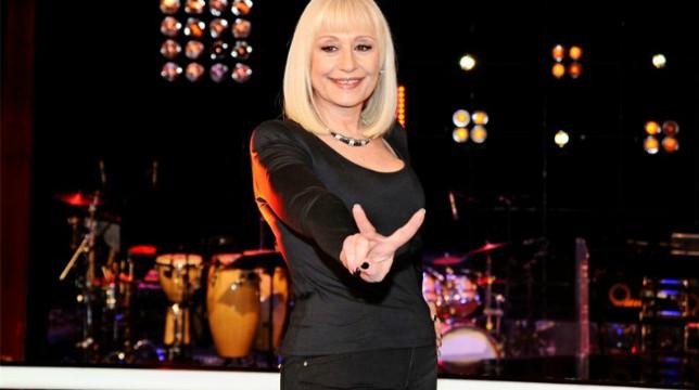A Raccontare Comincia Tu: stasera la terza puntata dello show condotto dalla Carrà