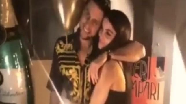 Uomini e Donne: Teresa e Andrea e il sexy ballo ad una festa, video