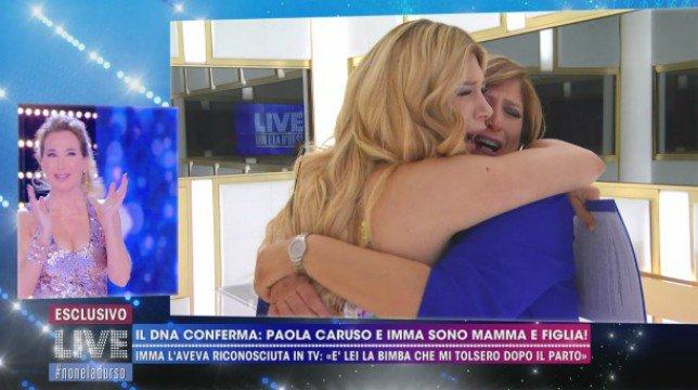 Live – Non è la D'Urso: confermato il test del DNA della madre biologica di Paola Caruso