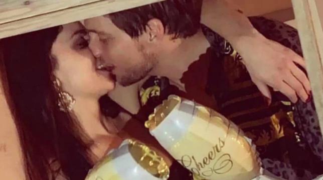 Uomini e Donne, Teresa e Andrea: le dichiarazioni e il bacio in diretta Instagram