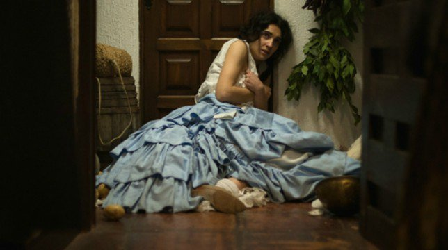 Una Vita Anticipazioni Spagnole: Ursula in preda al panico. Cosa le sarà successo?