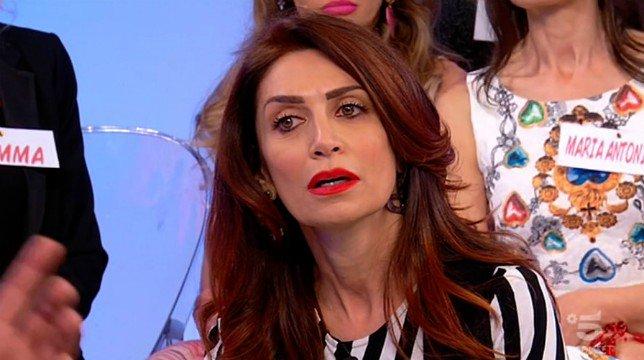 """Uomini e Donne, Barbara De Santi: """"Il mio grande rimpianto? Non aver avuto figli"""""""