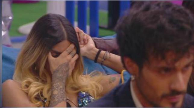 Grande Fratello 2019: dopo l'umiliazione in diretta, colpo di scena tra Erica e Gaetano