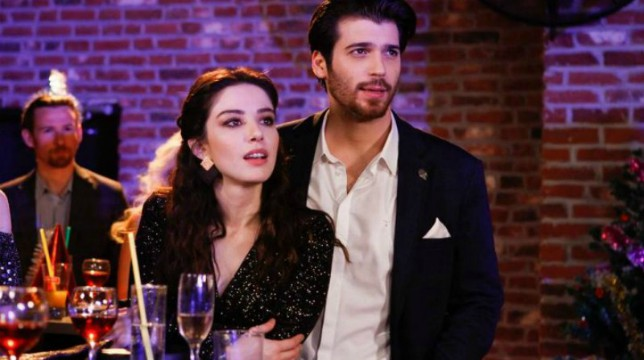 Bitter Sweet – Ingredienti d'amore: gli attori Özge Gürel e Can Yaman raccontano Nazli e Ferit