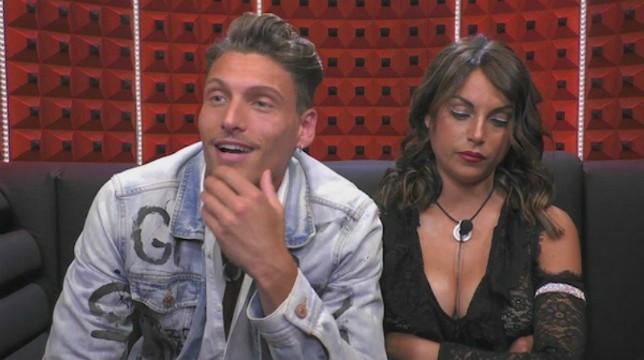 """Grande Fratello, Francesca De Andrè e Gennaro Lillio, lui ammette: """"Barbara D'Urso non ha mandato in onda il peggio"""""""