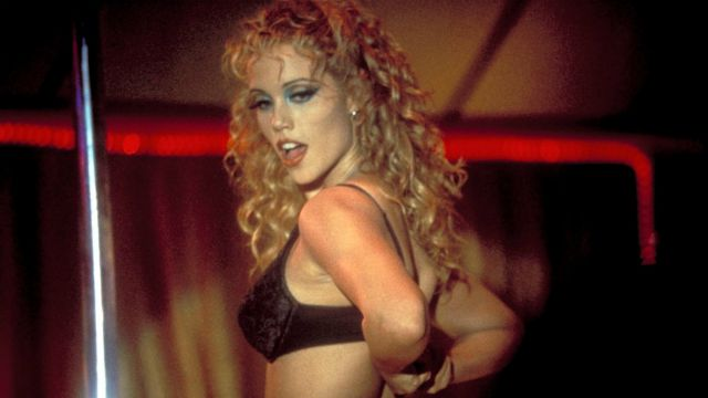 Showgirls: il film stasera su Rai Movie