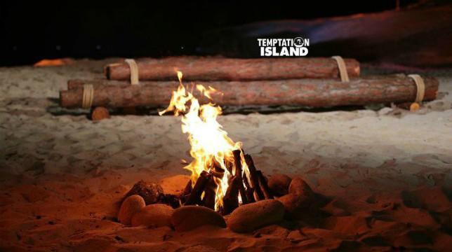 Temptation Island, anticipazioni prima puntata: una coppia al falò di confronto