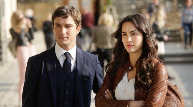 Lontano da te: stasera debutta la fiction romantica di Canale 5