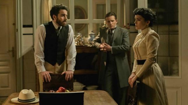 Una Vita Anticipazioni del 25 luglio 2019: Blanca ordisce un piano contro Ursula insieme a Samuel e Diego