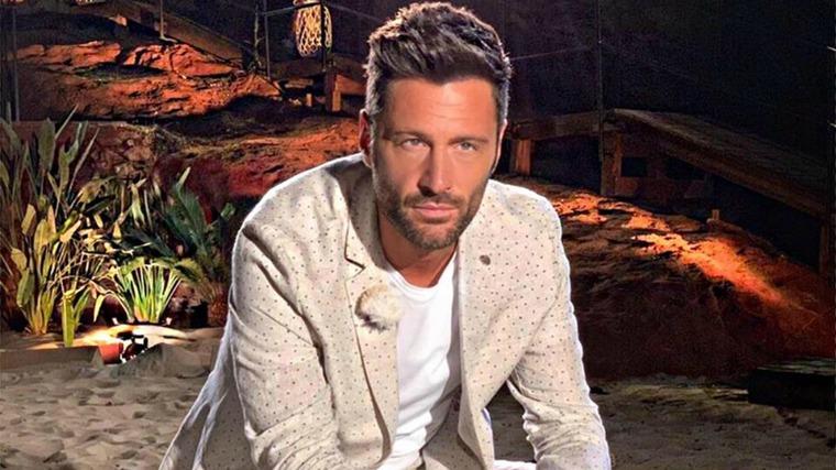 """Temptation Island, la rivelazione di Filippo Bisciglia prima della puntata speciale: """"Mi commuovo"""""""
