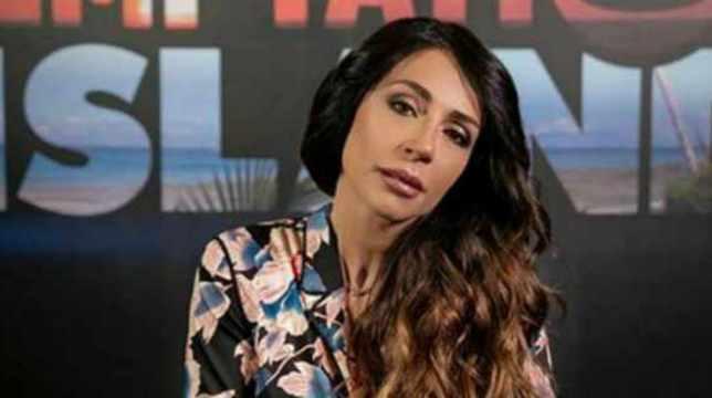 """Temptation Island, Raffaella Mennoia confessa: """"Non abbiamo trasmesso alcune scene"""""""
