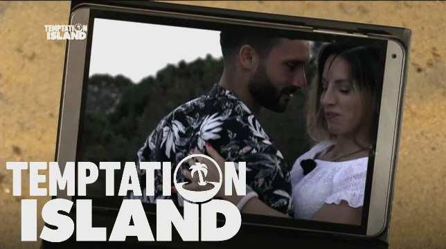 Galleria foto - Temptation Island, anticipazioni: Cristina nella camera del tentatore senza le telecamere Foto 1