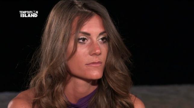 Temptation Island, anticipazioni: Ilaria si accascia a terra dopo un video di Massimo