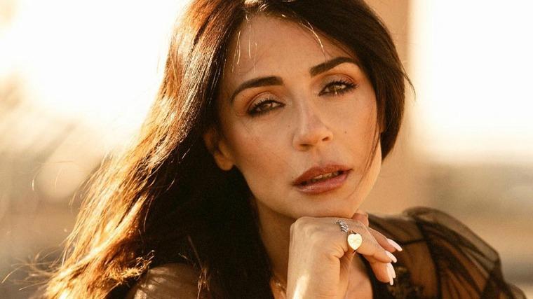 """Temptation Island, Raffaella Mennoia confessa: """"Sbaglio delle volte"""""""