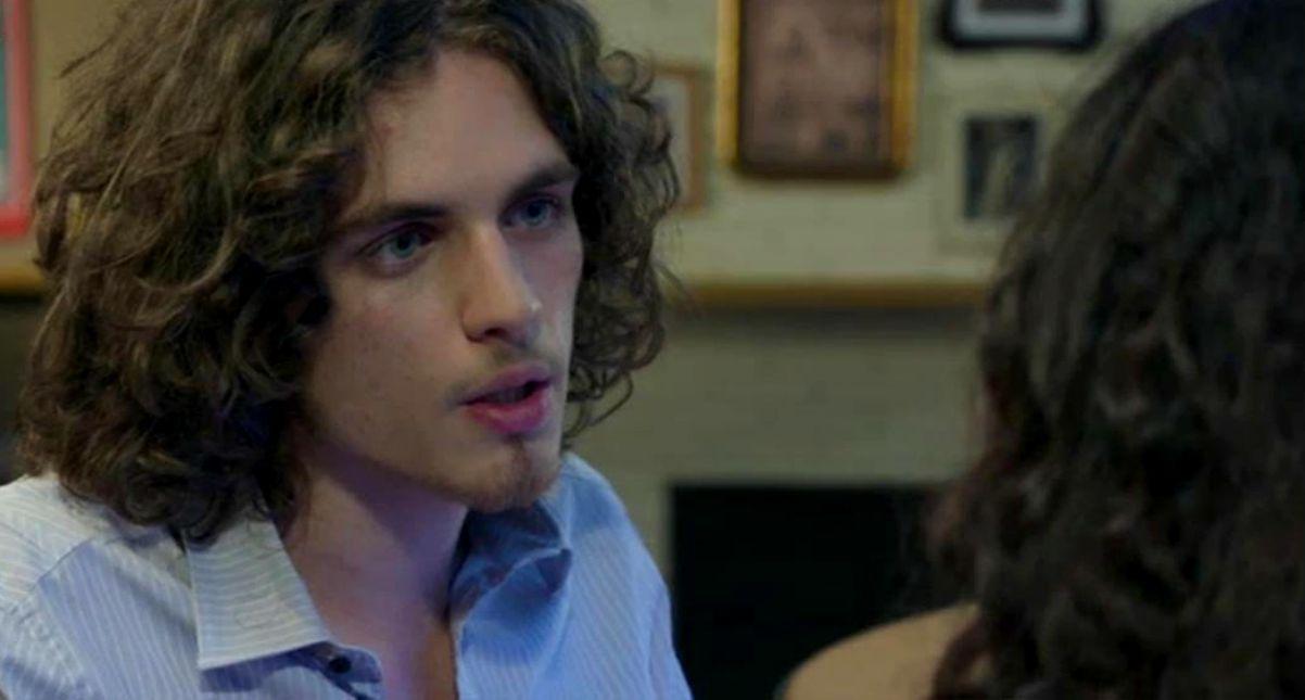 Un Posto al Sole Anticipazioni del 26 settembre 2019: Alex scopre la sconvolgente verità su Vittorio e Anita