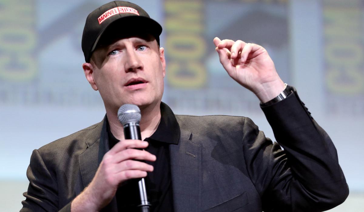 Il boss dei Marvel Studios progetta uno Star Wars, Kevin Feige al lavoro