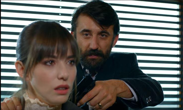 Bitter Sweet Anticipazioni Turche: Hakan sta per uccidere Nazli!