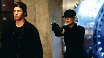 Una bionda tutta d'oro: il film con Kim Basinger stasera su Cielo