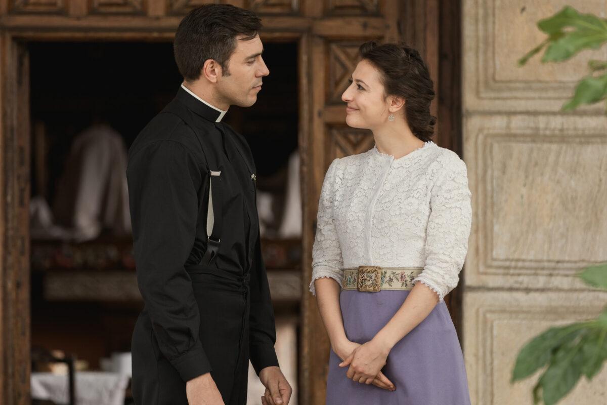 Una Vita Anticipazioni dell'8 ottobre 2019: Lucia rivela a Padre Telmo i suoi sentimenti per Samuel!
