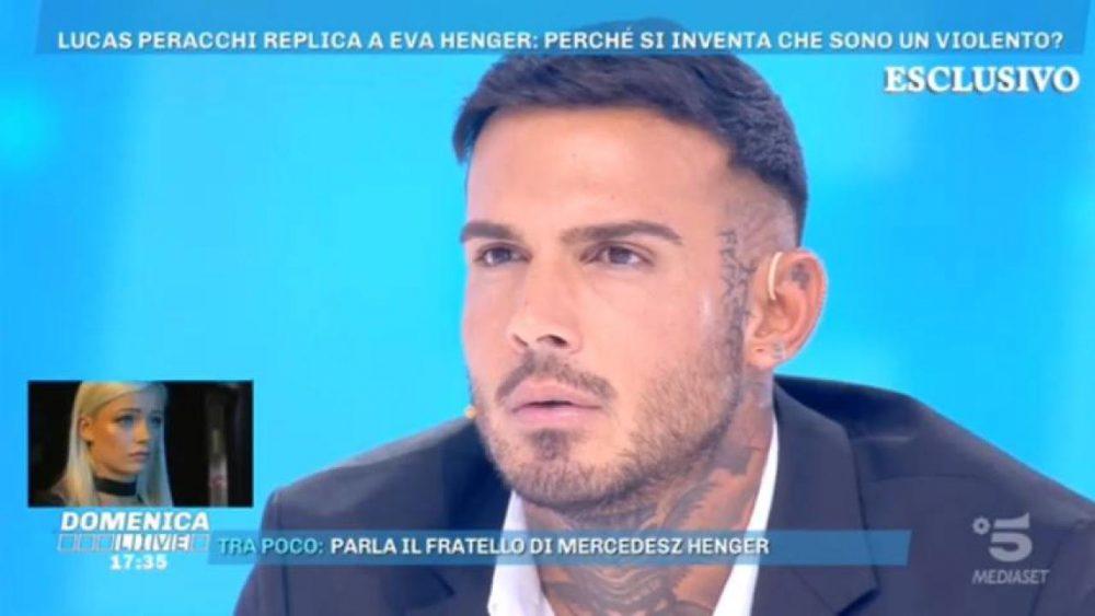 """Domenica Live, Lucas Peracchi contro Eva Henger: """"Non ho mai picchiato Mercedesz, tutto inventato"""""""