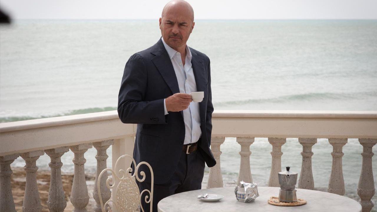 """Il Commissario Montalbano: la trama de """"La pista di sabbia"""" stasera su Rai1"""