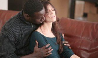 Samba: il film con Omar Sy e Charlotte Gainsbourg stasera su Rai Movie
