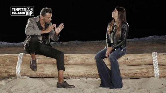 Galleria foto - Temptation Island Vip, sesta puntata: Serena lascia Pago ed esce dal villaggio con il single Alessandro Foto 1